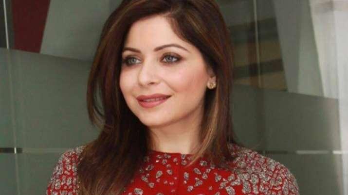 Kanika Kapoor Singer Bio, Height, Husband Name, Movies ...