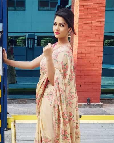 Arpita Arya in Saree